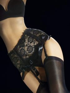 Fiore Vesuvio 40 den (Size 2) Luxury Lace Suspender Belt